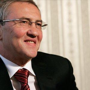 Россия сняла санкции с Черновецкого и его сына