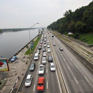 Київ зупинився в заторах: карти