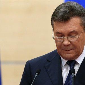 Суд над Януковичем перенесли: обвинувачений не вийшов на зв'язок