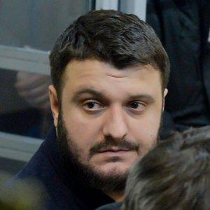 """""""Справу про рюкзаки"""" проти сина Авакова і Чеботаря закрили"""