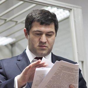 Суд продлил действие обязательств для Насирова
