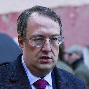 Семье погибшего патрульного выплатят 1,3 млн грн - Геращенко