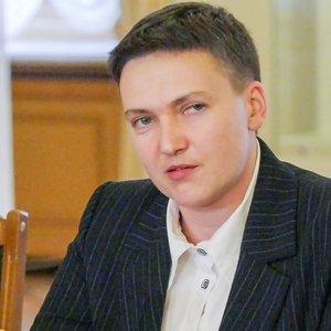 Захист Савченко просить відпустити її додому