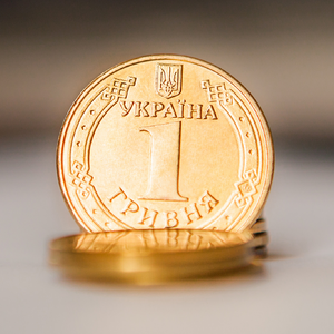 S&P пересмотрел прогноз по курсу гривни и ВВП Украины