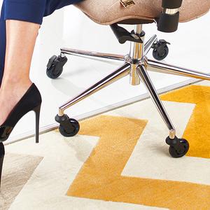 Украинцы вывели на Kickstarter колеса для офисных стульев