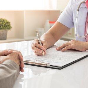 Киевляне смогут оценивать и комментировать работу врачей