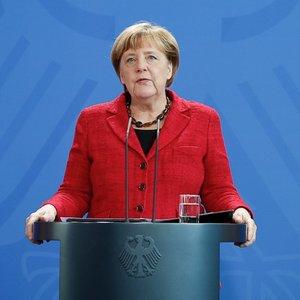 Меркель надеется на перемирие в Донбассе до 1 сентября
