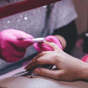 Как проверить безопасность салонов красоты - советы Минздрава