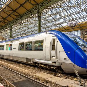 В Париже мальчик родился в поезде - подарили бесплатный проезд