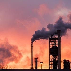 КНР может обложить новыми тарифами энергоносители из США - СМИ