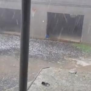 Грозы в регионах принесли потопы и ковры из градин: фото, видео