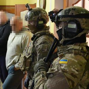 СБУ пресекла реализацию в Украине радиоактивного вещества: видео