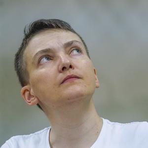 Арест мешает моей работе депутата: фото из суда по делу Савченко