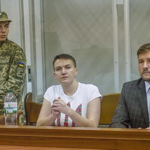 Савченко в суде требует 1 грн с прокурора: опорочил ее честь