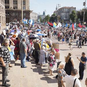 Подорожчання проїзду до 8 грн: біля КМДА зібралася акція протесту