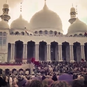 В Китае сотни мусульман стали на защиту мечети от властей: видео