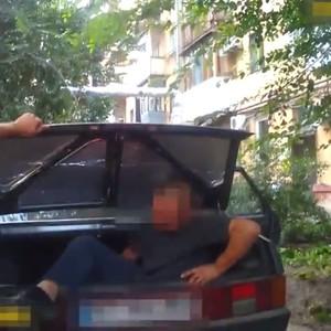 В Днепре задержаны злоумышленники, похитившие мужчину: видео
