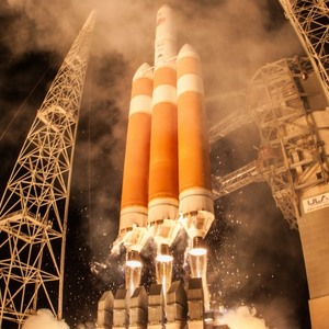 Запуск сверхтяжелой Delta IV: видео с камеры на корпусе ракеты