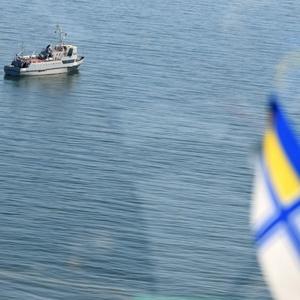 На барке страны НАТО провели ритуал с моряками из Украины: видео