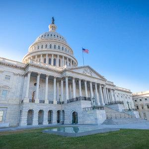 Сенат США просит $1 млрд на борьбу Европы с влиянием России