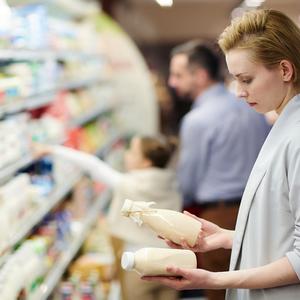 Порошенко подписал закон о маркировке продуктов питания