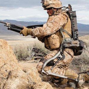 "Пентагон разрабатывает экзоскелет для ""суперсолдата"" – Reuters"