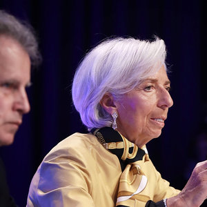 Тучи очередного глобального кризиса сгущаются - МВФ