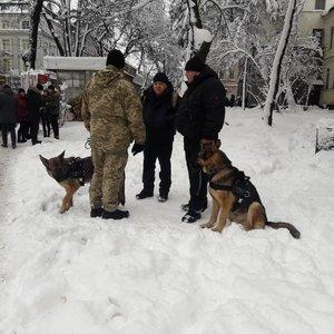 На Софийской площади задержали двух человек - полиция