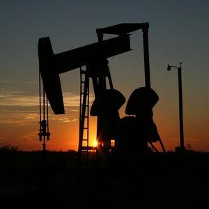 Ущерб от теневого рынка нефтепродуктов оценивается миллиардами