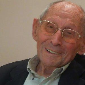 В Париже умер человек, спасший от нацистов сотни еврейских детей