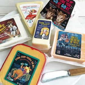 Немецкая сеть супермаркетов выпустила сыр в честь Guns N' Roses