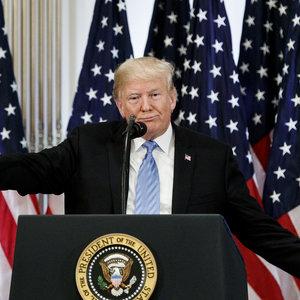 Рядом с именем президента США не хотят размещать рекламу - WSJ