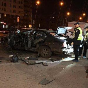 Камери зняли момент вибуху авто офіцера ГУР в Києві: відео 18+