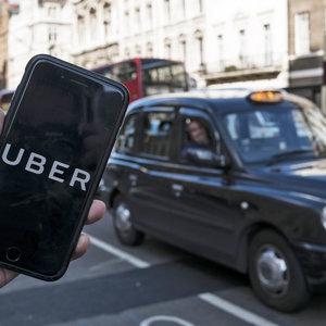 Uber выделит $300 млн на премии водителям