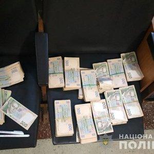 """Поліція відкрила дві справи про можливий підкуп за """"кандидата П"""""""