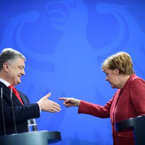 Соціал-демократи розкритикували Меркель за зустріч з Порошенком