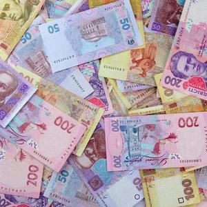 Украинские банки снижают ставки по валютным депозитам