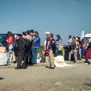 Российские оккупанты усилили проверки при въезде в Крым