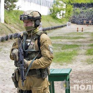 Полиция переходит на новое, превентивное, вооружение: фото, видео