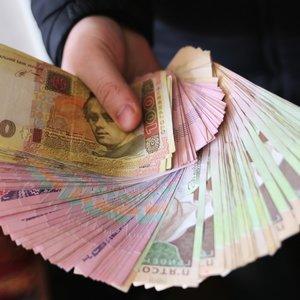 Бюджетникам на Донбассе будут доплачивать