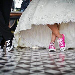 В США женщина приходила на чужие свадьбы и воровала подарки
