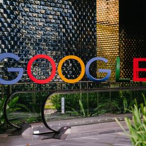 Google хочет сделать SMS для пользователей Android бесплатными