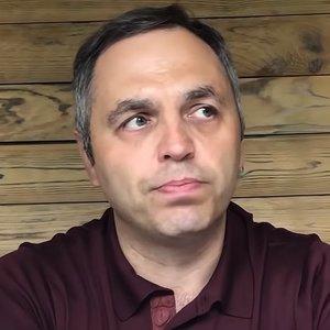 Портнов назвал сумму, которую хочет взыскать с бывших властей