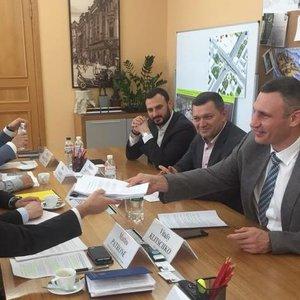 ЕБРР даст Киеву 180 млн евро на транспорт и ремонт моста Метро