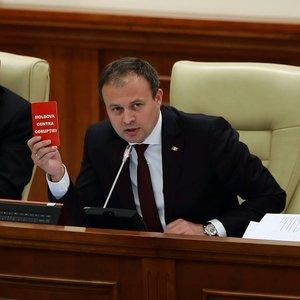 Кризис в Молдове. Демократы зовут социалистов на переговоры