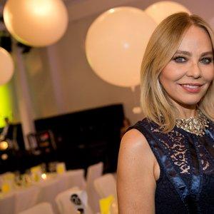 Актрису Орнеллу Муті засудили до в'язниці після вечері з Путіним
