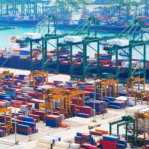 Внешняя торговля Украины ушла в минус на $2,6 млрд
