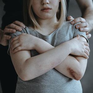 Секс-преступления против детей: ВР сделала шаг к созданию реестра