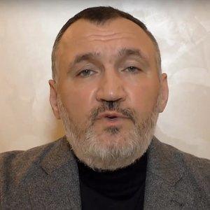 Снятый с выборов Кузьмин подал в суд на Парубия