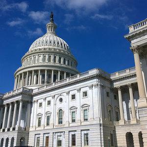 Сенат США принял резолюцию в память Революции Достоинства